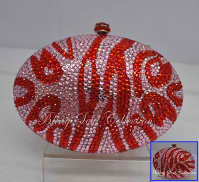 egg shaped clutch