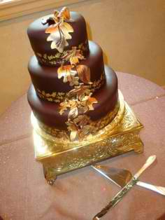 gold and chocolate cake
